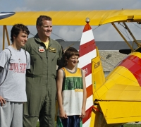 Viper pilot Russ with kids